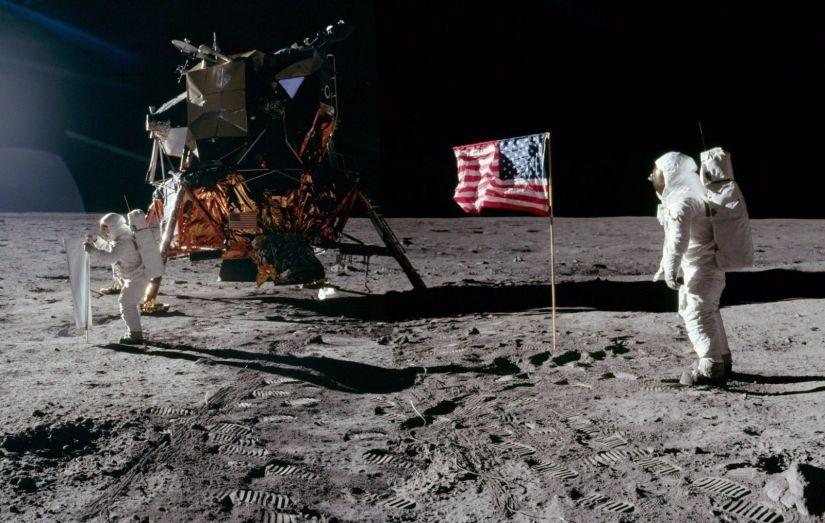 Risultati immagini per Apollo 11