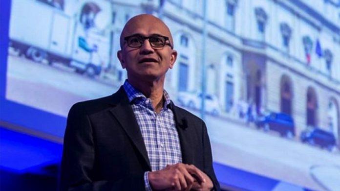 L'amministratore delegato di Microsoft, Satya Nadella, al Microsoft innovation summit a Milano (foto: profilo Instagram Microsoft Italia)