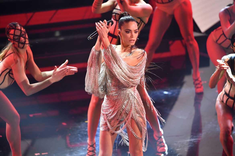 Tutti pazzi per Elodie e le altre gif della seconda serata di Sanremo 2021  - Wired