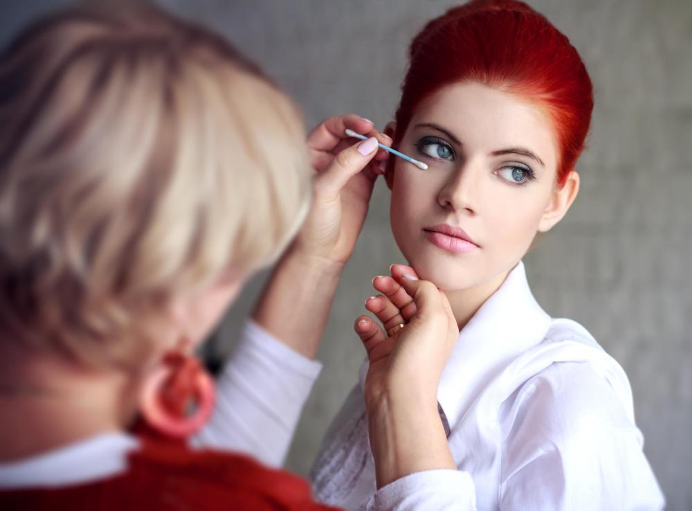 freelance makeup artist at work