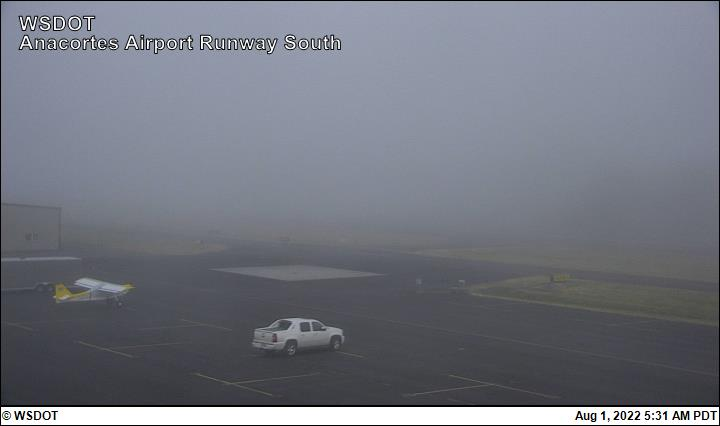 Anacortes Airport web cam image enlargement - south view