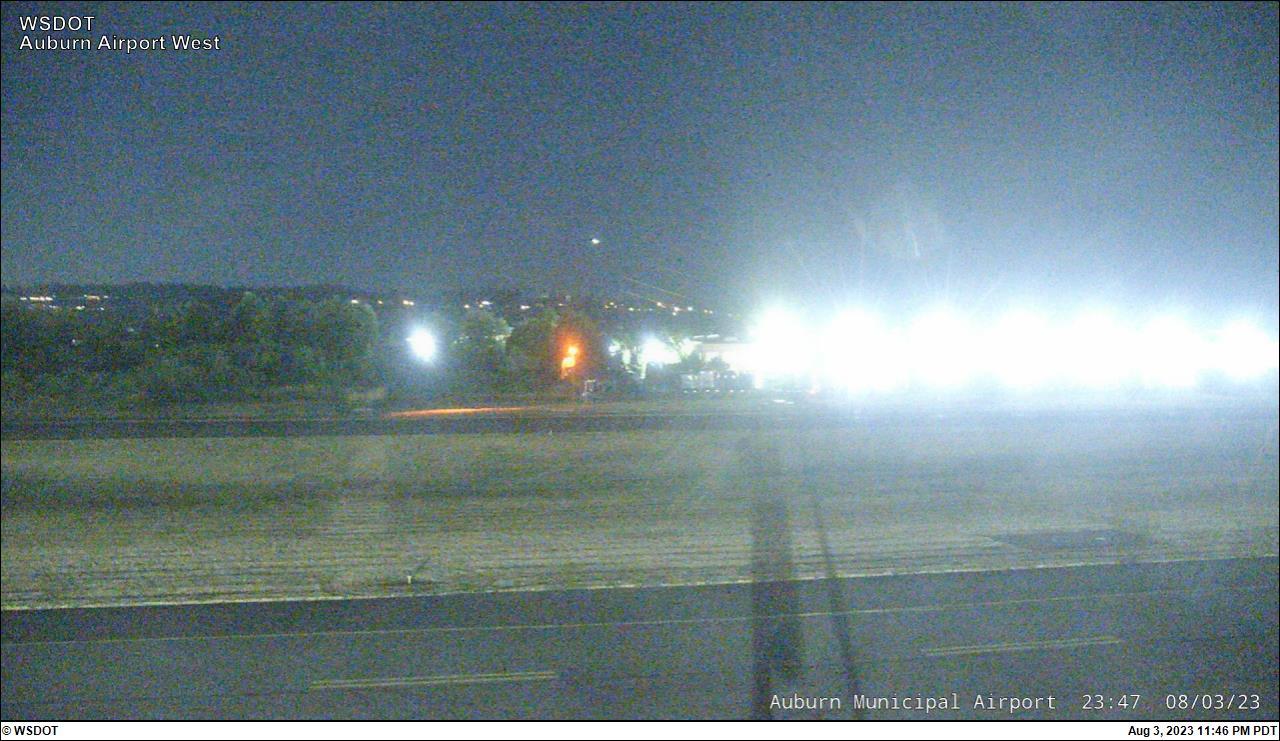 Auburn Airport web cam image enlargement - west view