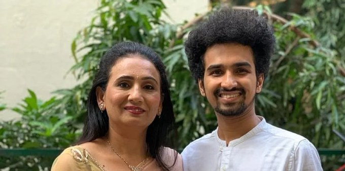 Pandemic Heroes: This mother-son duo are distributing cooked meals to the  needy in Mumbai via their tiffin ser