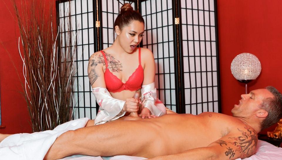 Asian Strip Mall Massage #03, Scene #01