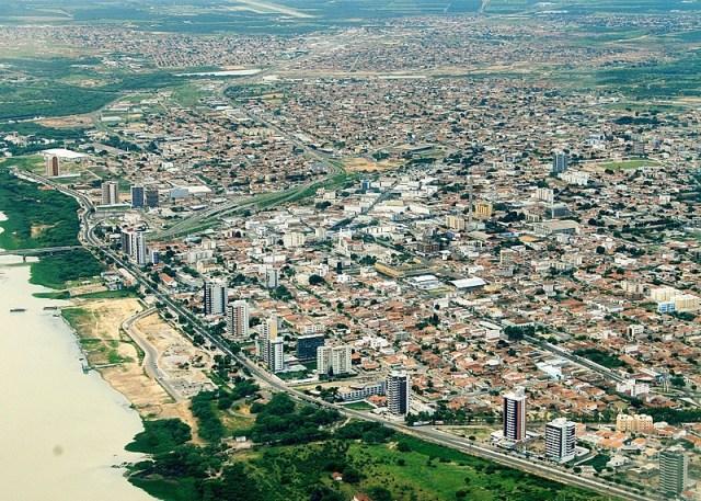 Violando decreto estadual, Petrolina vê número de casos de | Cidades