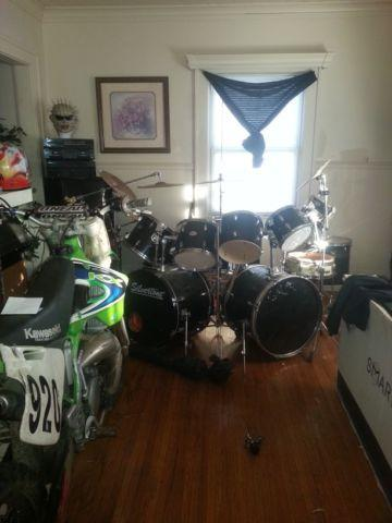 12 piece drum set for Sale in Rochester  New York Classified     12 piece drum set