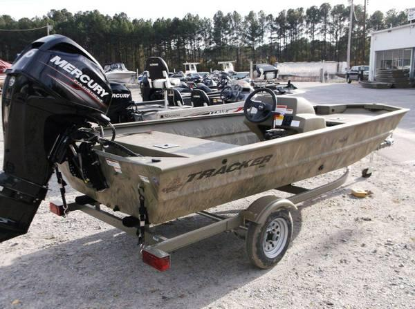2014 Tracker Grizzly 1648SC Mercury 40 Four Stroke For