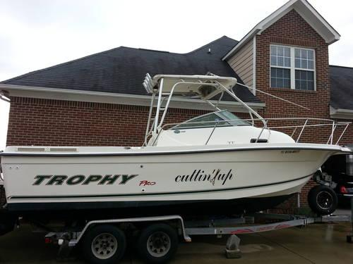 24 Trophy 2352 Walkaround Fishing Boat 24 Foot 2003