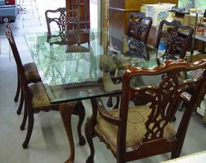 Chippendale Style Glass Dining Room Table With 6 Chairs