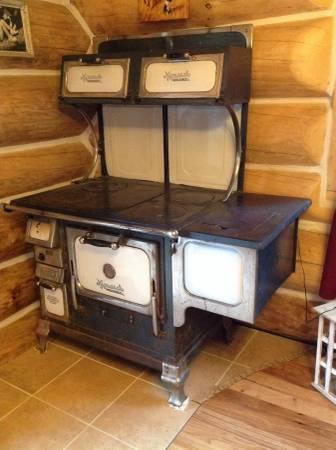 Antique Monarch Wood Cook Stove Excellent Condition For