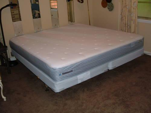 Barely Used Sealy Posturepedic King Mattress 1 Year