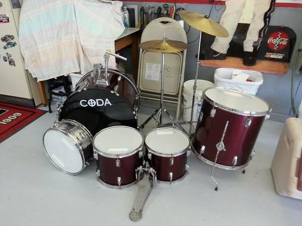 CODA Drum Set   for Sale in Gilman  Illinois Classified     CODA Drum Set    100