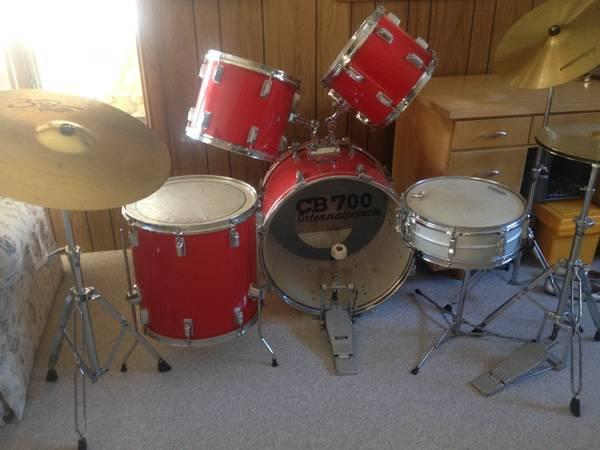 Red CB 700 Internationale 8 piece drum set   for Sale in Black Creek     Red CB 700 Internationale 8 piece drum set    250