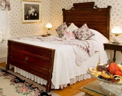 victorian antique headboard & foot board, ornate hand carved for