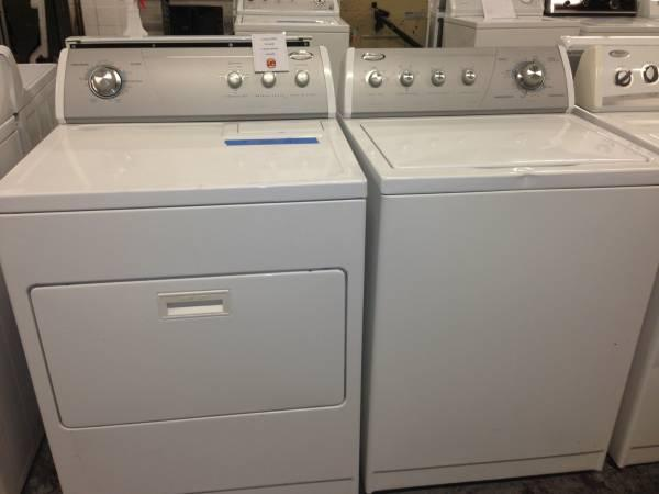 Whirlpool Ultimate Care II Washer And Dryer SET 6 Month