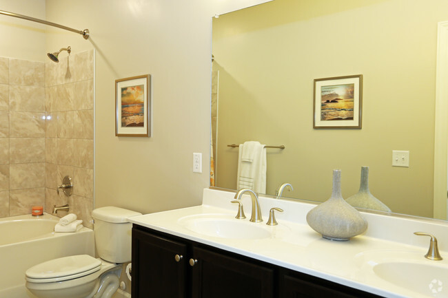 CovePointe At The Landings Rentals