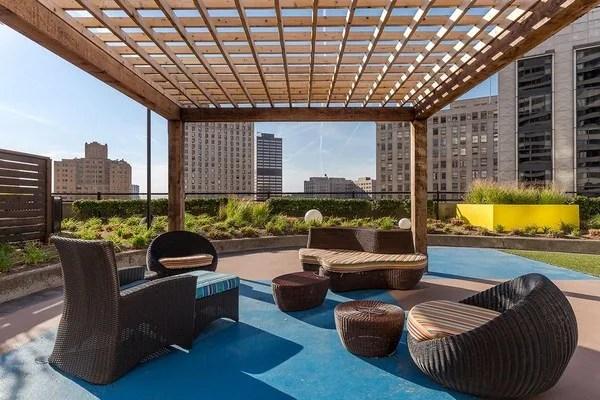 Building Photo Detroit City Club Apartments