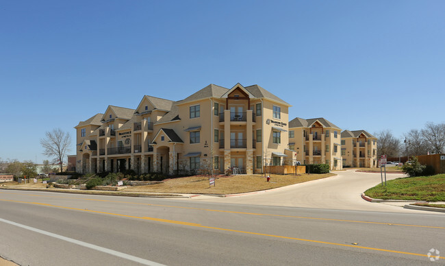 Broadstone Ranch At Wolf Pen Creek Apartments College