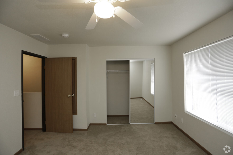 Cheap 1 Bedroom Apartments In Columbia Mo Amazing Bedroom. 1 Bedroom  Apartments Downtown Columbia Mo