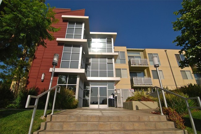 Northpoint Apartments At Csun