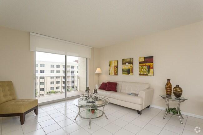 Interior Photo Royal Palms Apartments