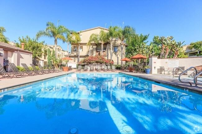 Sendero Gateway Apartment Homes Rentals