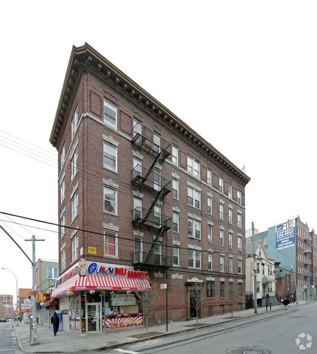 2840 Valentine Ave Bronx NY 10458 Rentals Bronx NY