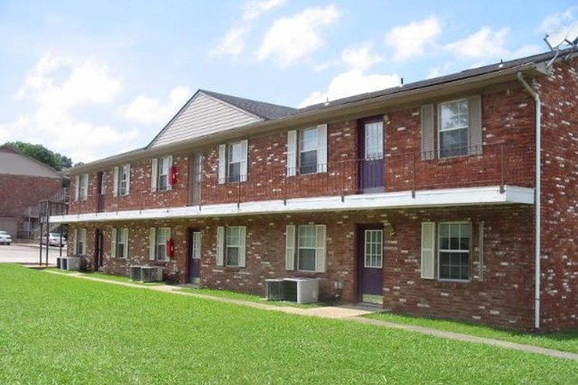 south creekside apartments rentals - fayetteville, ar | apartments