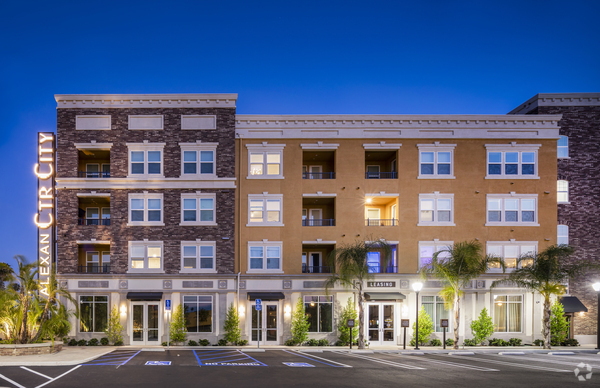 Downtown Anaheim Apartments For
