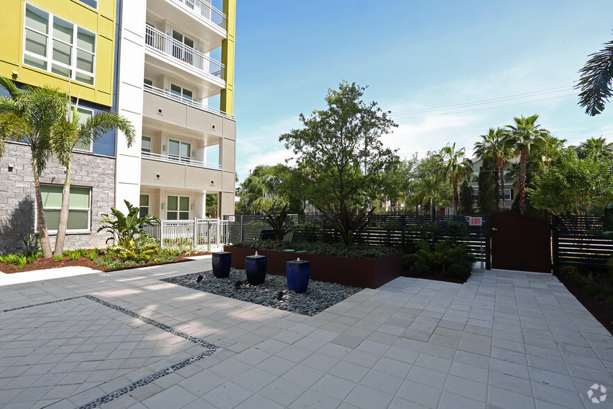 Hyde Park Tampa 2 Bedroom Apartments Homedesignview Co