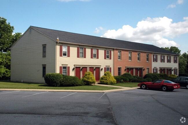 649 Brunnerville Rd Liz Pa 17543 Apartments