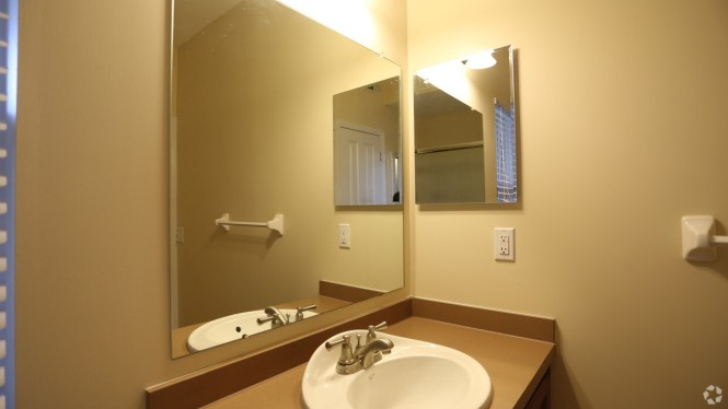 Bathroom Hilliard Grand