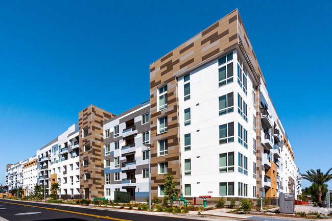 2 Bedroom Apartments For In Anaheim Ca