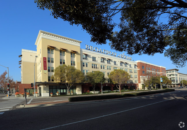 Carnegia Plaza Apartments Carnegie