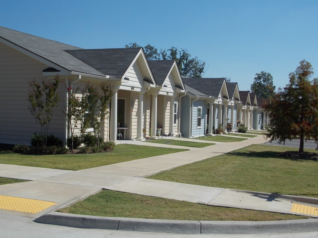 courtyard cottages of bryant apartments