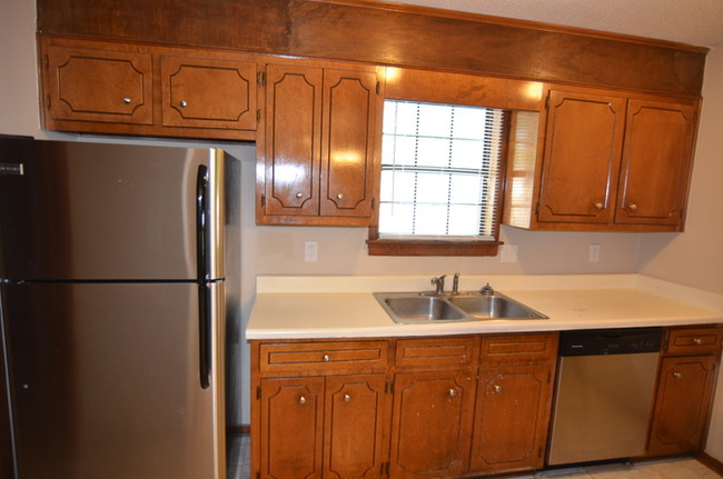 Cozy Three Bedroom W Fireplace House For Rent In Augusta