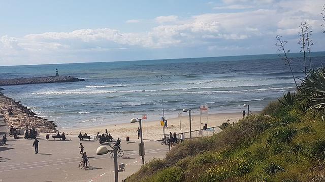 Tel Aviv seaside, today