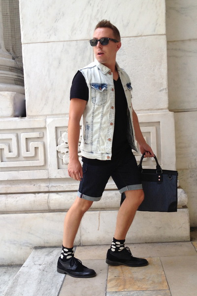 Brogues-kenn-shoes-zara-jacket-denim-leather-united-colors-of-benetton-bag_400