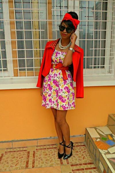 Floral-dress-red-max-mara-jacket-modernity-heels_400