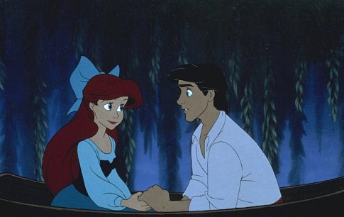 https://i2.wp.com/images1.fanpop.com/images/photos/1600000/Kiss-da-Girl-little-mermaid-ariels-beginning-1602611-485-306.jpg
