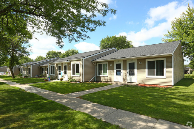 1 Bedroom Apartments For Rent In Essexville, MI