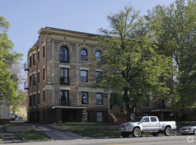 the swallow apartments for rent in salt
