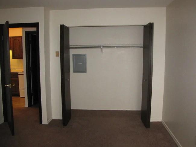 Bedroom Closet Jandal Apartments