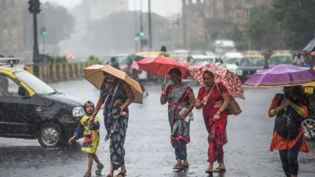 Monsoon may knock in Mumbai tomorrow rain in many parts even today - मुंबई  में कल दस्तक दे सकता है मानसून, कई हिस्सों में आज भी हुई बारिश