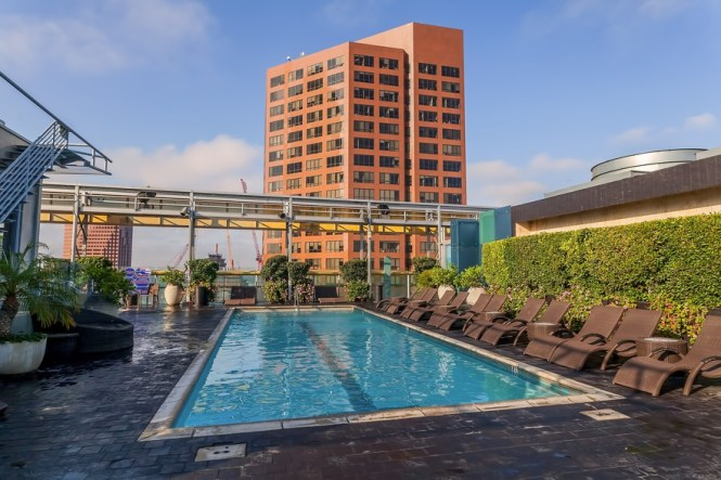 1010 Wilshire Blvd Los Angeles Ca 90017 Apartments Property For Lease On Loopnet
