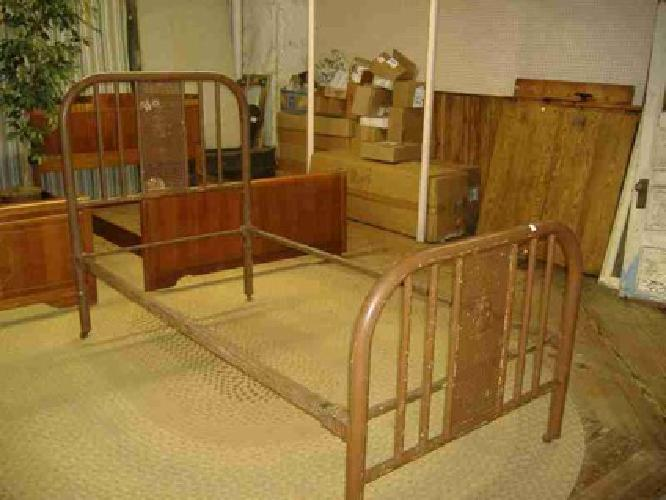 175 Art Nouveau Iron Bed Vintage Antique Single Twin Metal Trolley House Emporium For Sale In