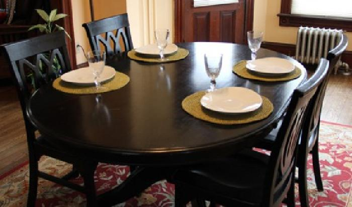 485 OBO Pier 1 Dining Table And 4 Matching Chairs For