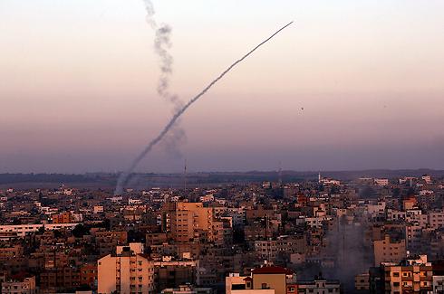 Un cohete disparado desde Gaza en el verano de 2014 (Archivo Foto: EPA)