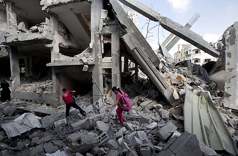 Begin the rebuilding process in Gaza. Damage in northern Gaza. (Photo: AFP)