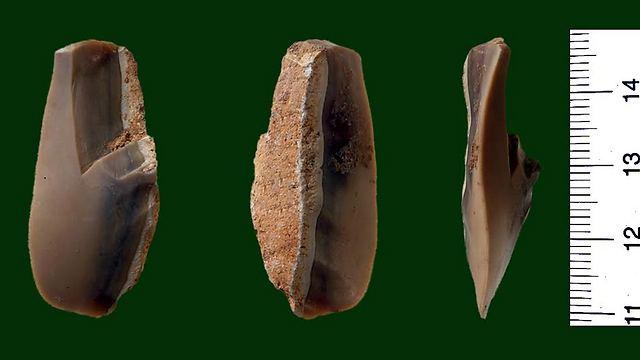 Tools discovered in Qesem Cave (Photo: Ron Barkai, Tel Aviv University)